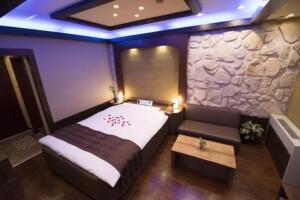 S Type Room 412