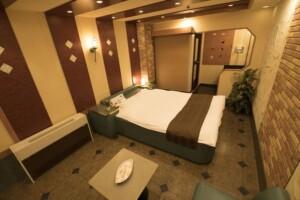E Type Room 503