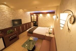 C Type Room 605