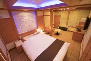 E Type Room 608