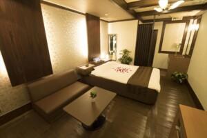 F Type Room 706
