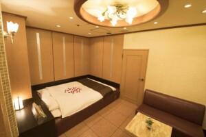 H Type Room 709