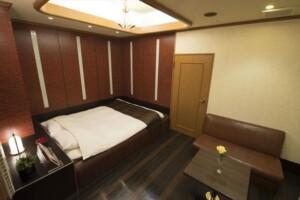 H Type Room 809