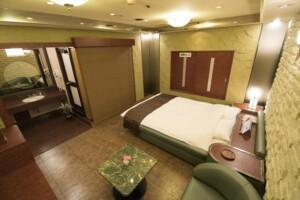 C Type Room 812